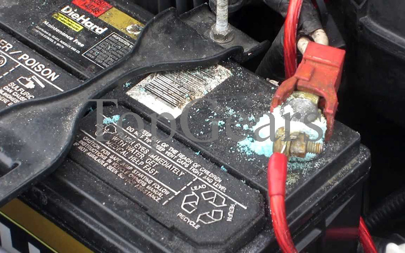 сел аккумулятор в машине что делать