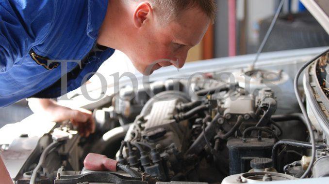 двигатель троит в автомобиле